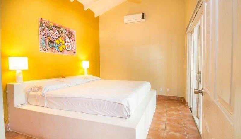 beach-villa-bedroom1