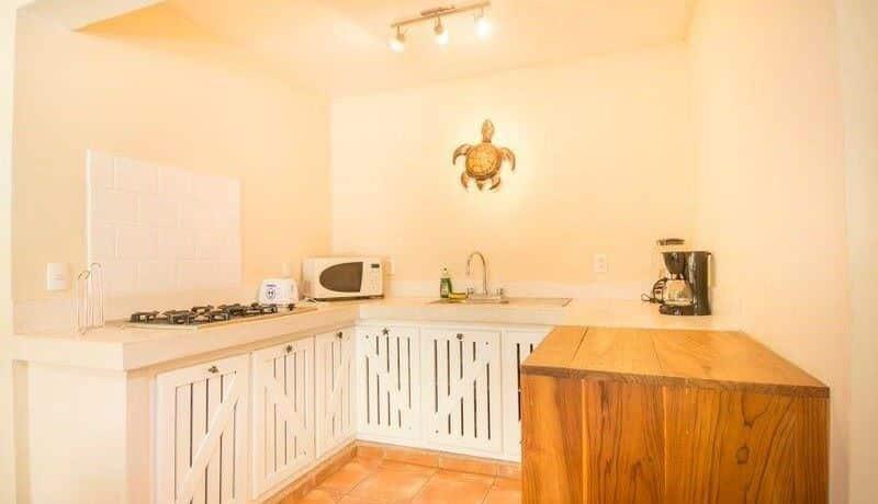 beach-villa-kitchen1