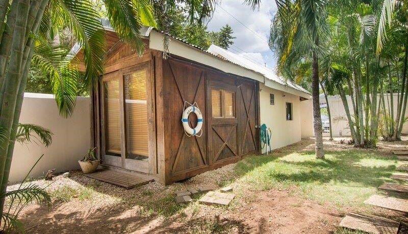 beach-villa-storage