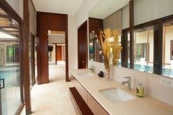 master-bathroom-dual-vanity
