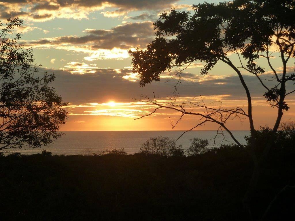 *SOLD* – 1.75 Acre Ocean View Lot—Walk to Playa Grande