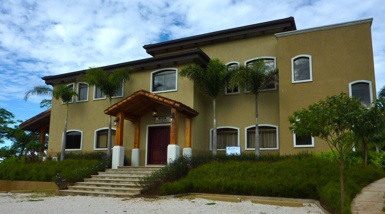 RANCHO VILLA REAL-PRIVATE COUNTRY LIVING WITH OCEAN ACCESS MINUTES ...