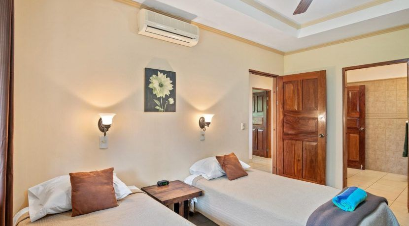 villas-venado-costa-rica-condos-for-sale_50379713036_o