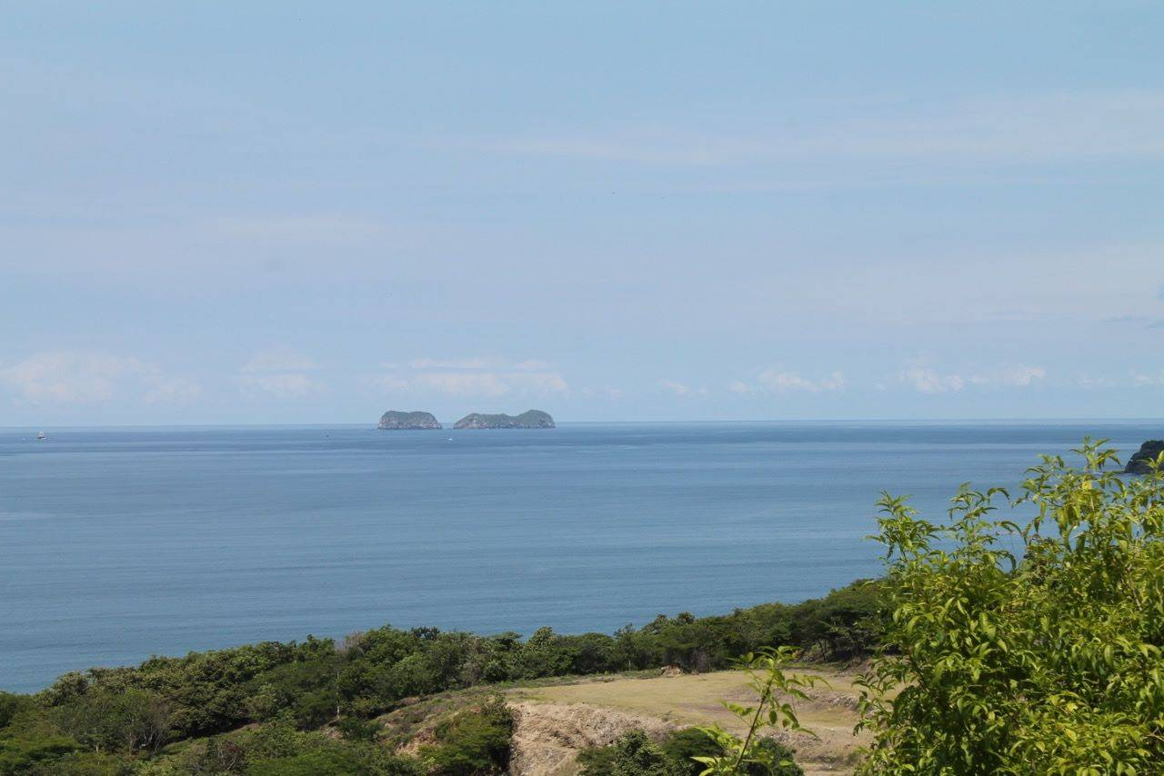 Amazing 1 Acre Ocean View Lot—Super close to the ocean!