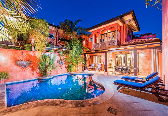 *SOLD* Stylish Playa Langosta Villa