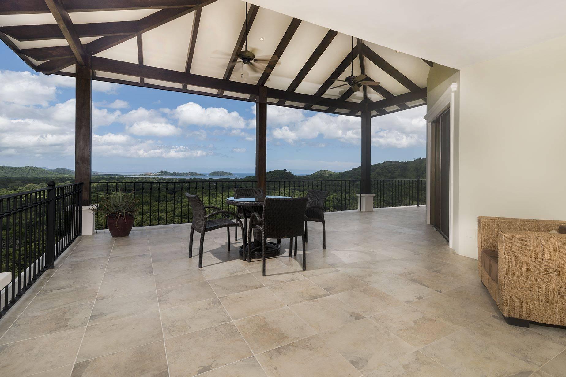 Villa de los Sueños Ocean View Home