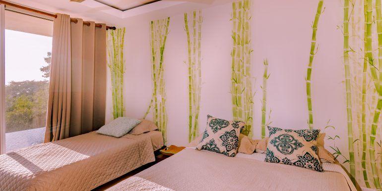 Waterfall House - Bedroom 2 jr master 2