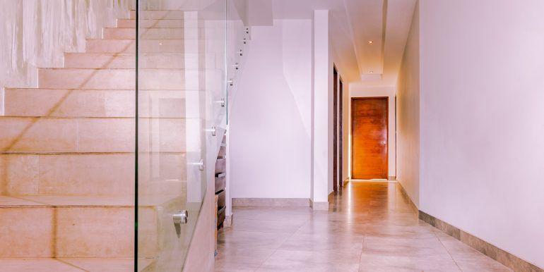 Waterfall House - hallway (1)