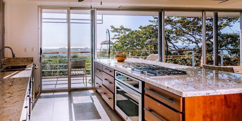 Waterfall House - kitchen (1)