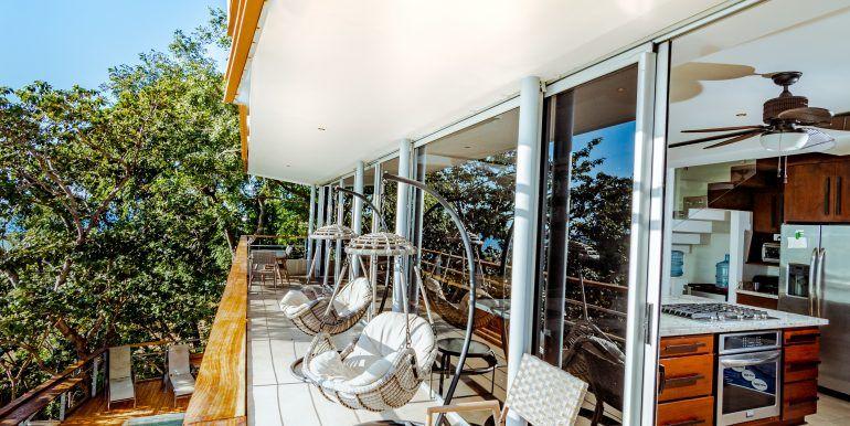 Waterfall House - living room patio (1)