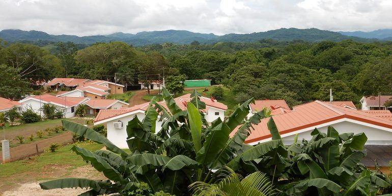 Lagarto Village