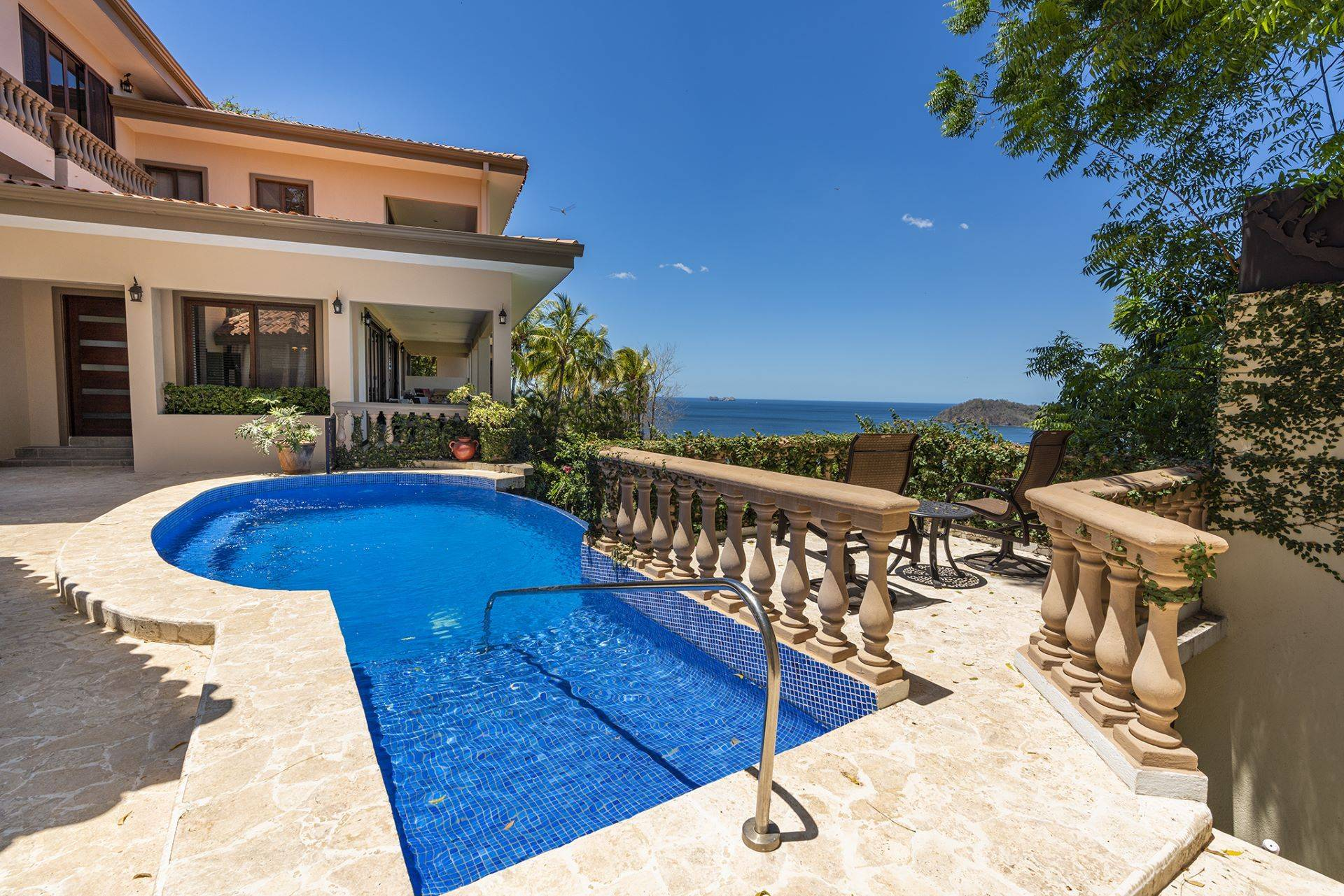 Amazing Ocean view Home Casa de los Pajaros- UNDER CONTRACT!