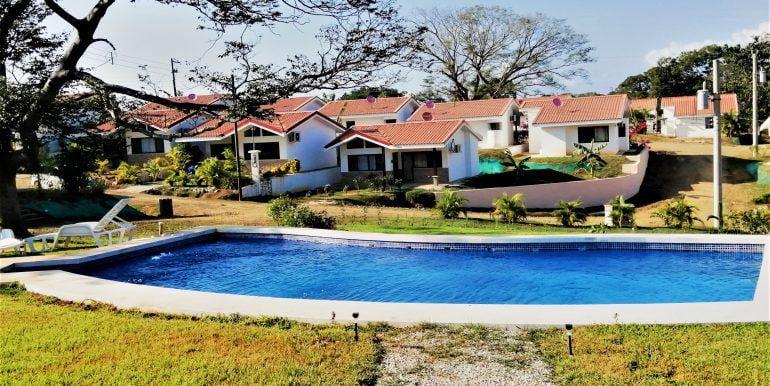 Playa Lagarto pool photo -edited