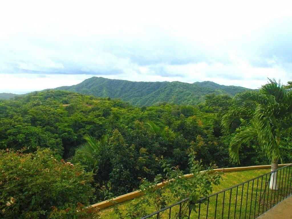 mountain view real estate in Guanacaste Costa Rica
