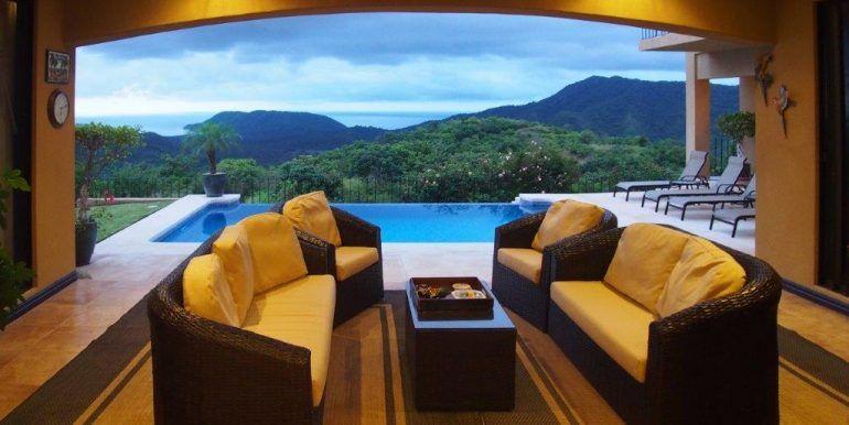 28W Lanai with Ocean View