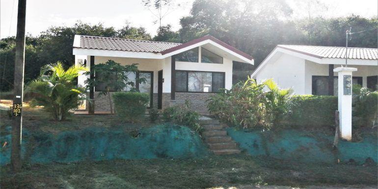 Villa 48-16