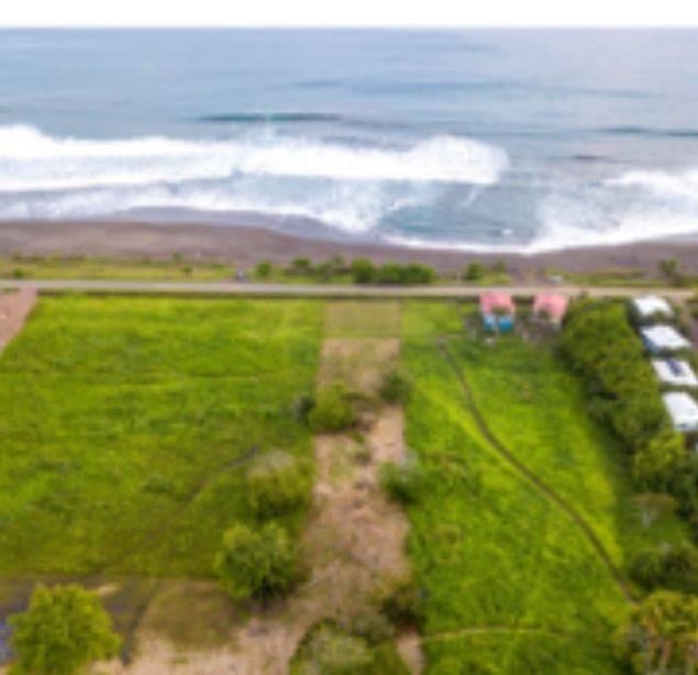 Playa Hermosa Beachfront lot