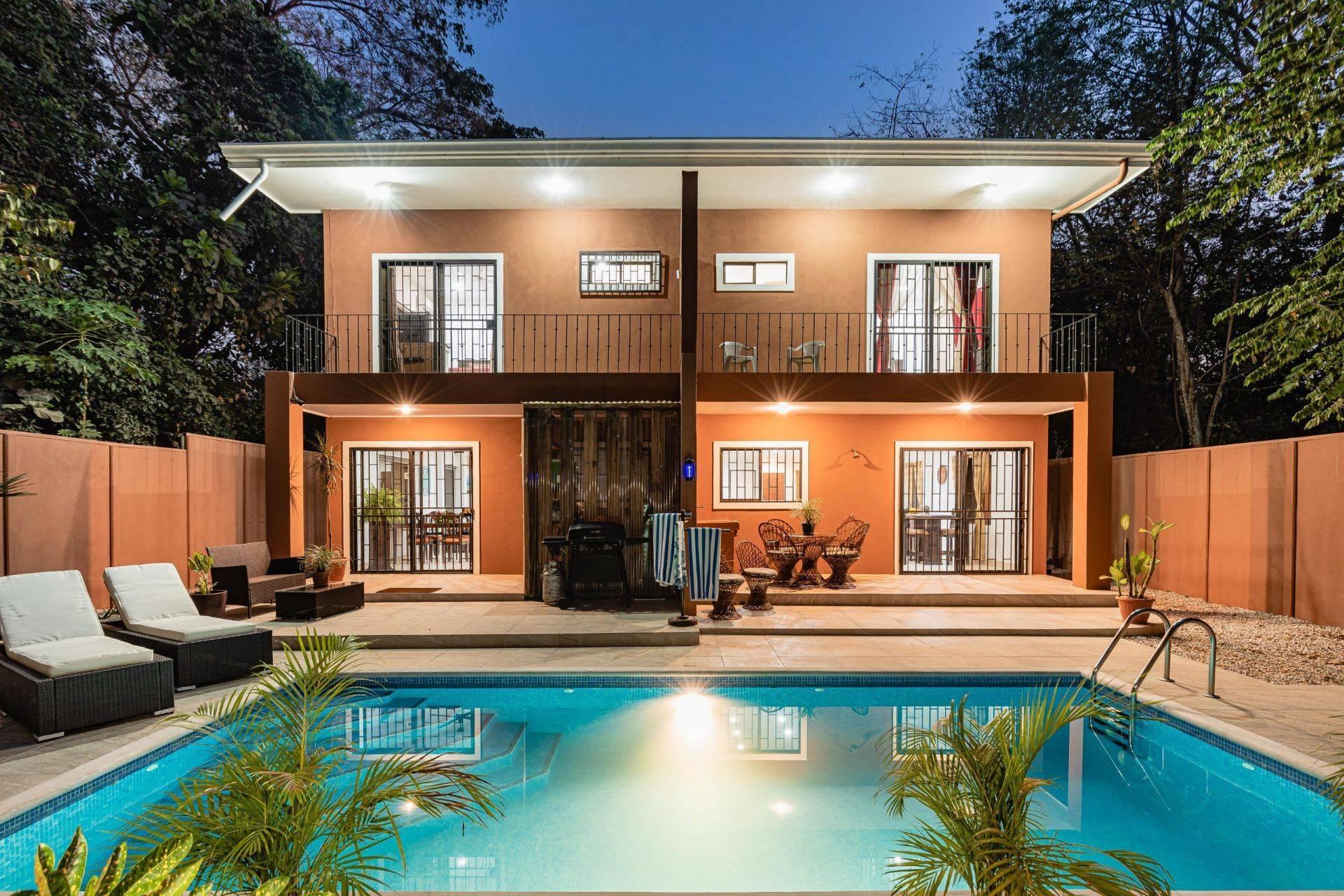 Casa Winsito-  Duplex in Surfide