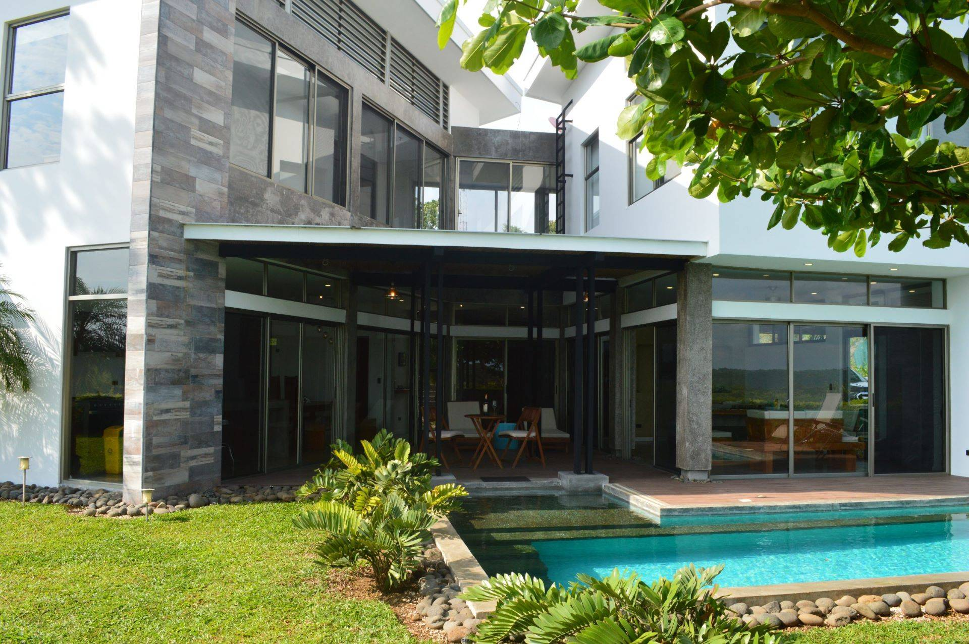 Casa Hijau – Beautiful Ocean View Home