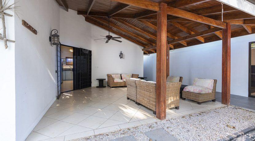 front porch-min
