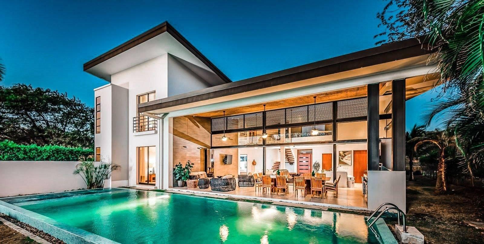 Casa Moderna vacation rental at Reserva Conchal