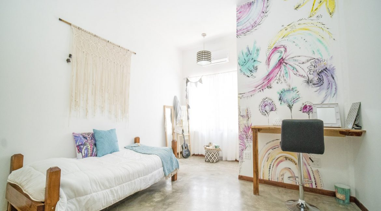 bedroom1-min