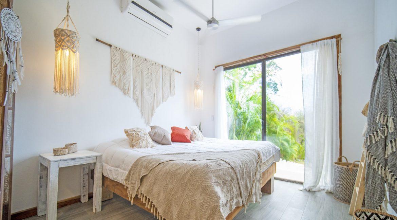 master bedroom 3-min
