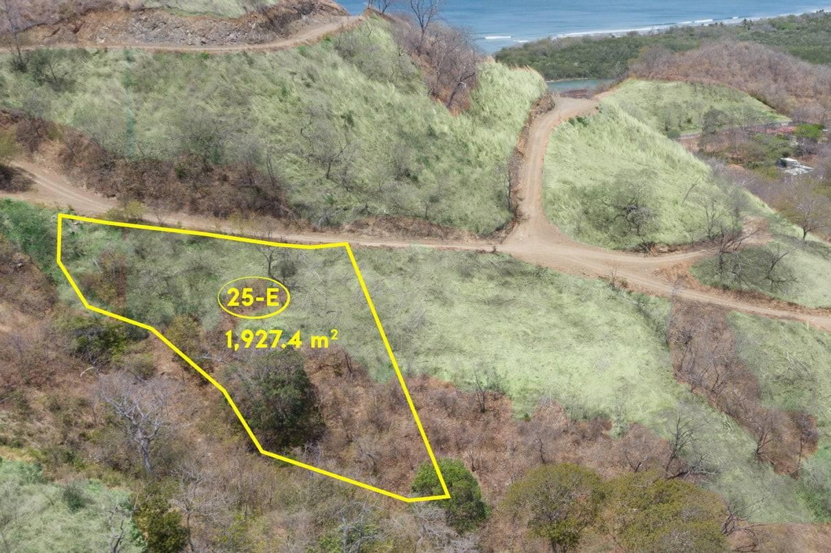 Lot 25 Senderos Eagles Nest properties of Costa Rica