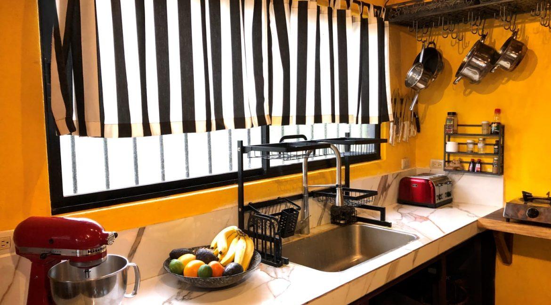 KitchenCounter-min