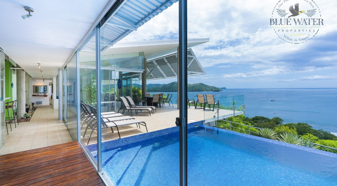 pool and ocean view from Costa Rica home
