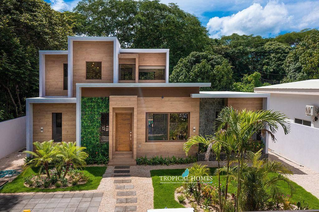 Casa Coralis- Modern Custom Build