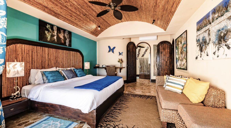 VB Front Bedroom -min