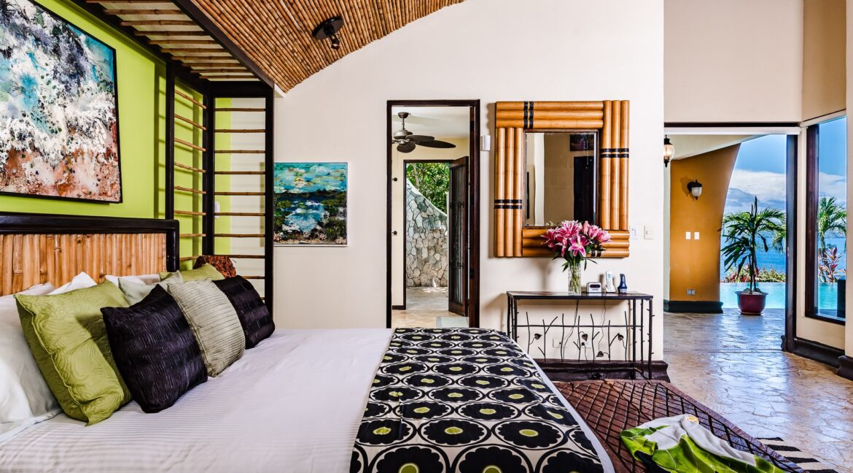 VBx Master Bedroom Out -min