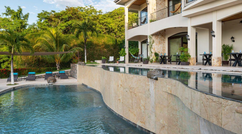 Villa Buena Onda Infinity Pool 15-min