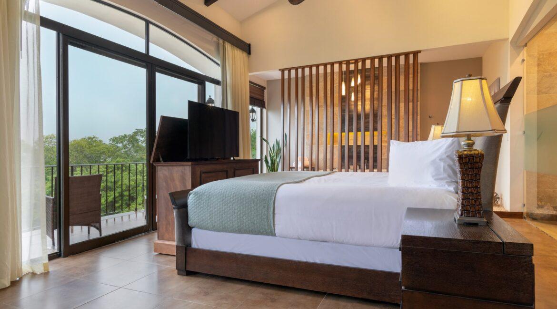 Villa Buena Onda Master Suite 1-min