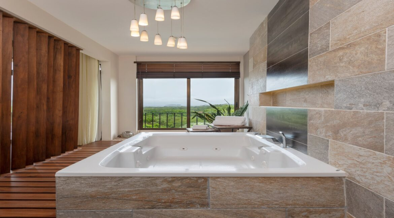 Villa Buena Onda Master Suite 14-min