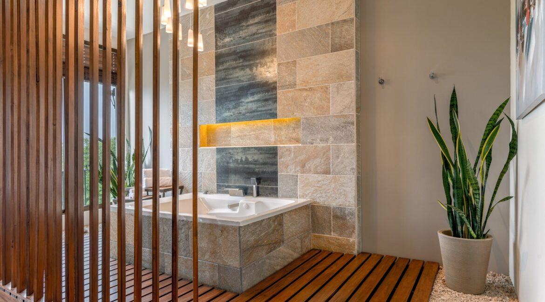 Villa Buena Onda Master Suite 8-min