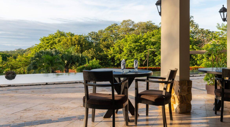 Villa Buena Onda Nya Restaurant 11-min